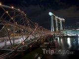 Osvětlený most Helix