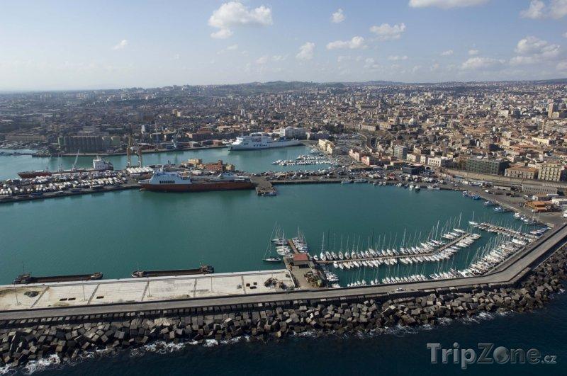 Fotka, Foto Panoráma města Catania (Itálie)