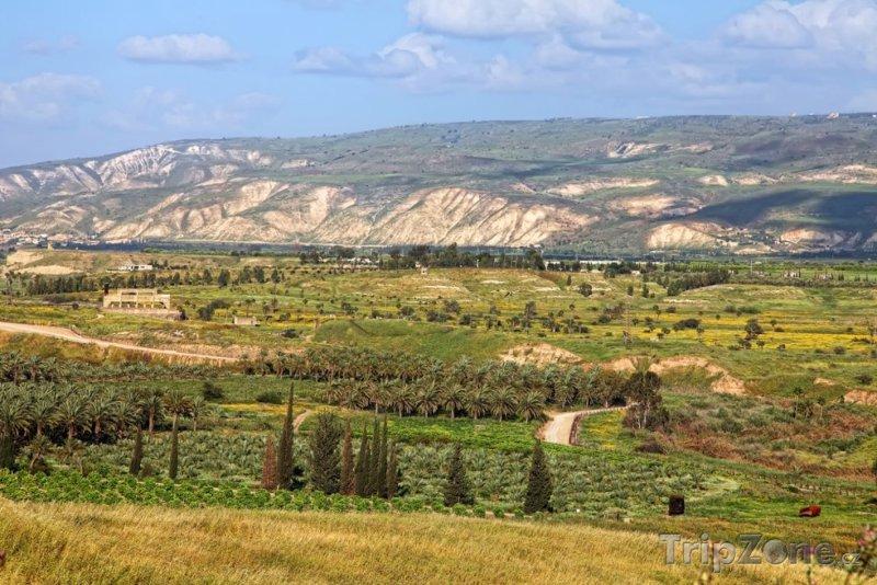 Fotka, Foto Panoráma údolí u řeky Jordán (Jordánsko)