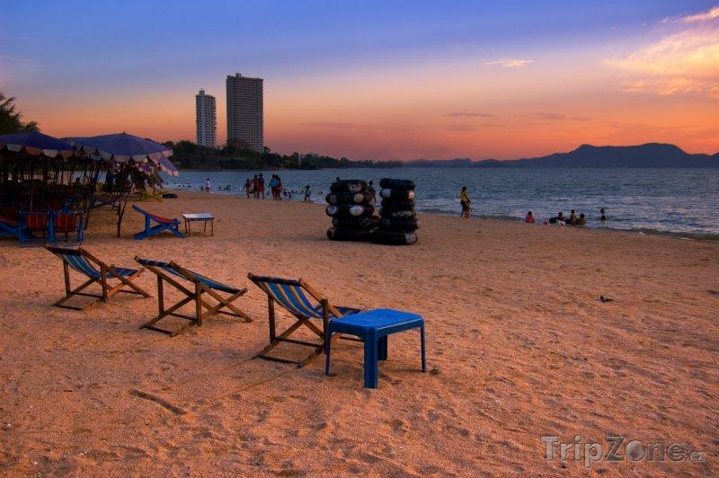 Fotka, Foto Pláž v západu slunce (Pattaya, Thajsko)