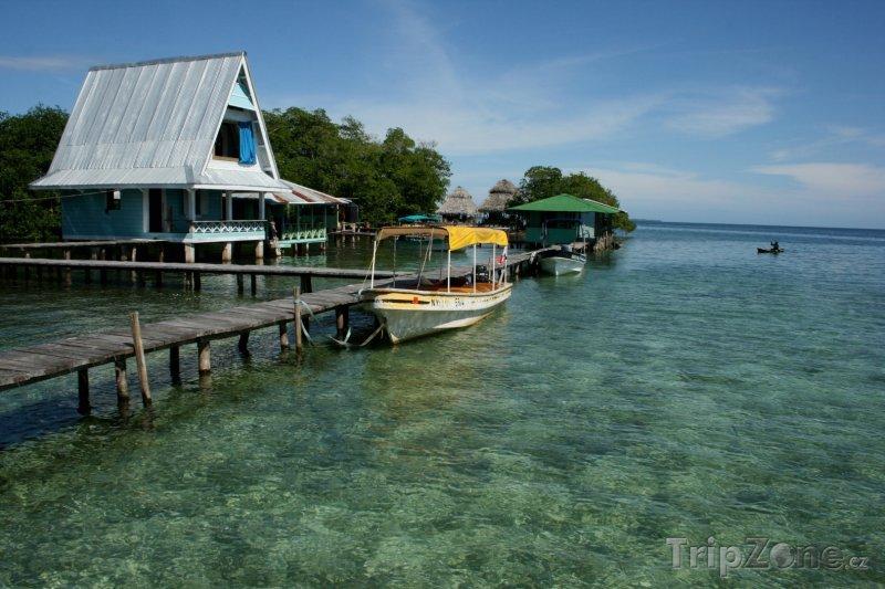 Fotka, Foto Pobřeží města Bocas del Toro (Panama)