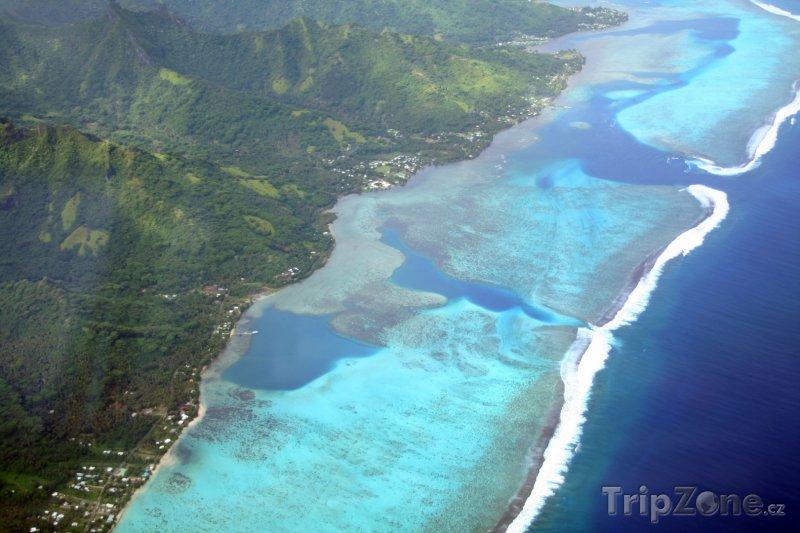 Fotka, Foto Pobřeží ostrova Moorea (Francouzská Polynésie)