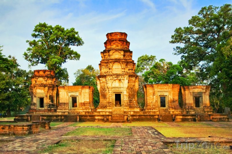 Fotka, Foto Pohled na chrám Angkor Vat (Kambodža)