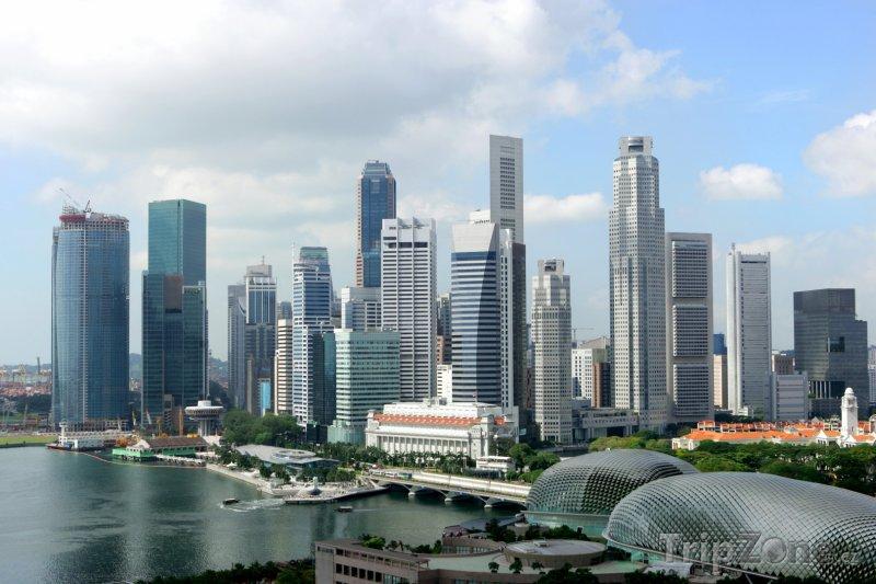 Fotka, Foto Pohled na ekonomické centrum města (Singapur)