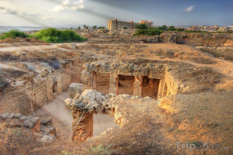 Fotka, Foto Pohled na Královské hrobky (Pafos, Kypr)