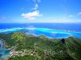Pohled z hory Otemanu na Bora Bora