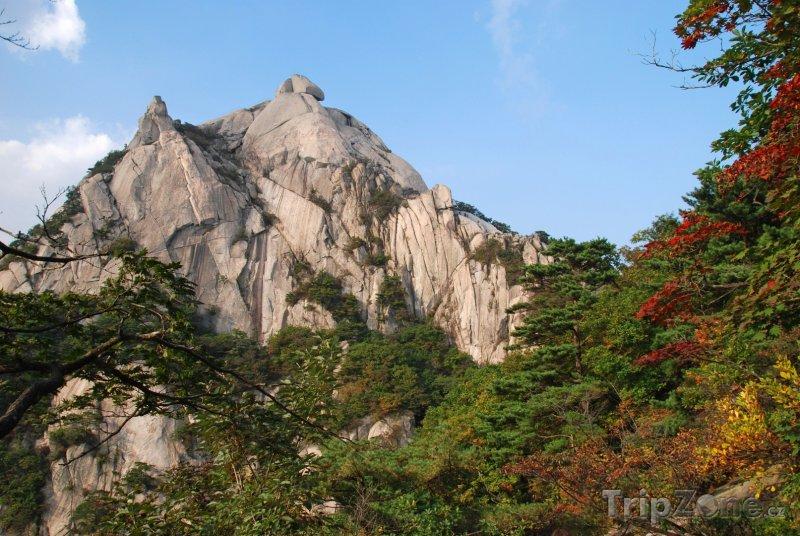 Fotka, Foto Pohoří Bukhansan (Soul, Jižní Korea)
