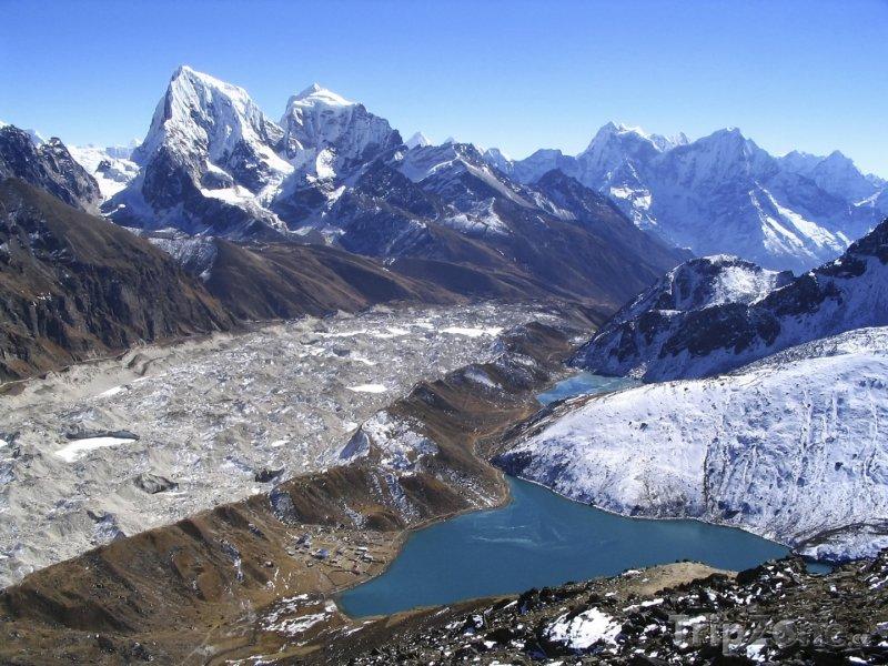 Fotka, Foto Pohoří Himálaj z vrcholu Gokyo Ri (Nepál)