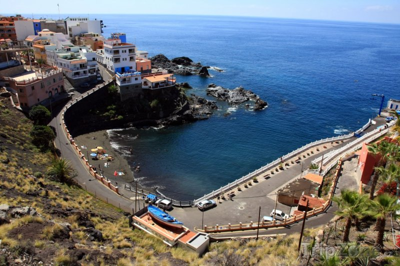 Fotka, Foto Puerto Santiago ve městě Los Gigantes (Tenerife, Španělsko)