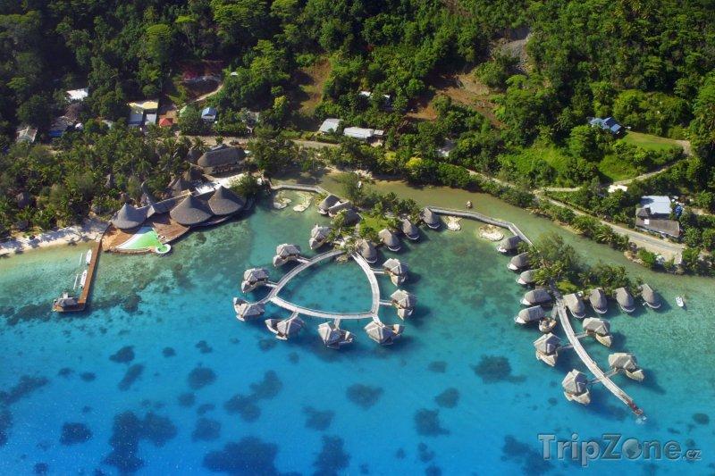 Fotka, Foto Resort na Bora Bora z letadla (Francouzská Polynésie)