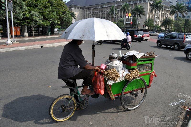 Fotka, Foto Rikša na kole (Jakarta, Indonésie)