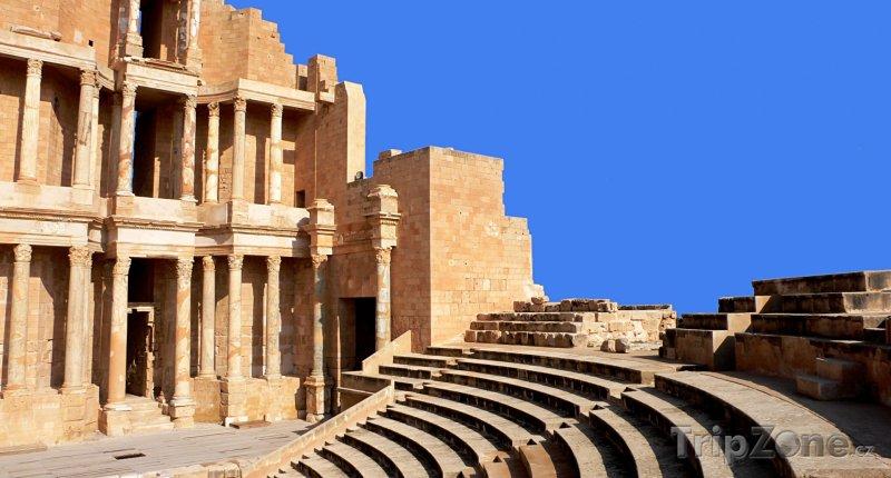 Fotka, Foto Ruiny římského dvadla ve městě Sabratha (Libye)