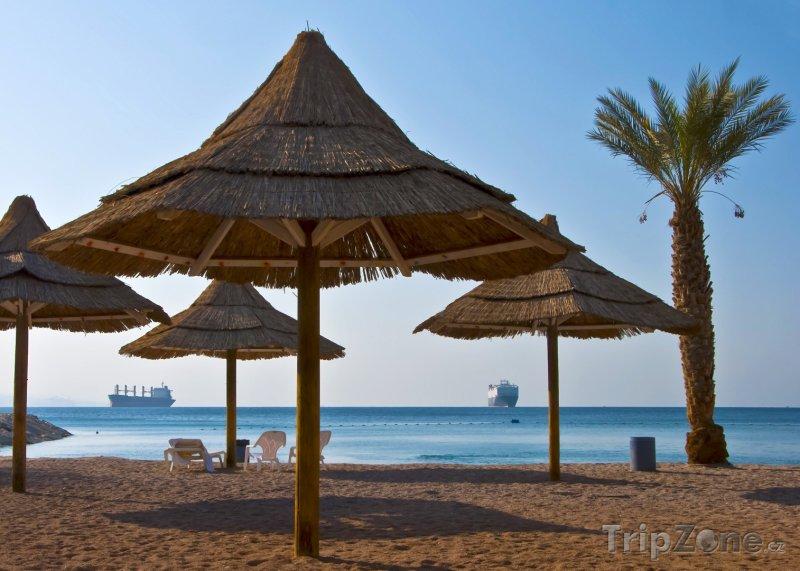 Fotka, Foto Slunečníky na pláži (Ejlat, Izrael)