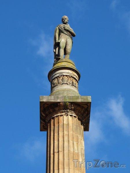 Fotka, Foto Socha Sira Waltera Scotta (Glasgow, Velká Británie)