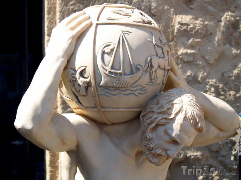 Fotka, Foto Socha v detailu (Pafos, Kypr)