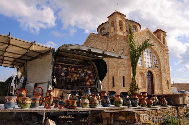 Fotka, Foto Stánek se suvenýry (Pafos, Kypr)