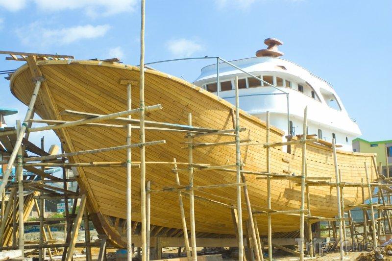 Fotka, Foto Stavba lodi (Martinik)