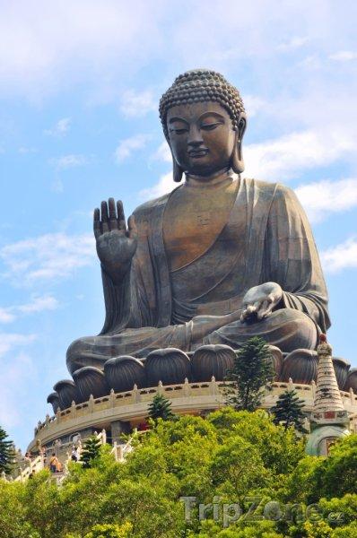 Fotka, Foto Tian Tan, bronzová socha Buddhy (Hongkong)