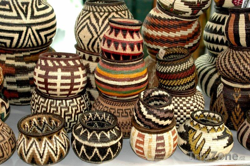 Fotka, Foto Tkané indické vázy (Panama)