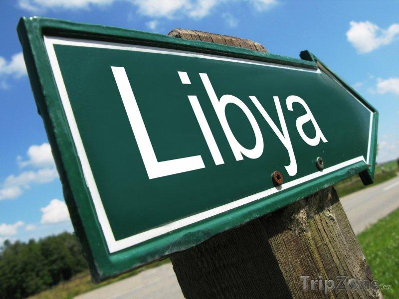 Fotka, Foto Ukazatel u silnice (Libye)