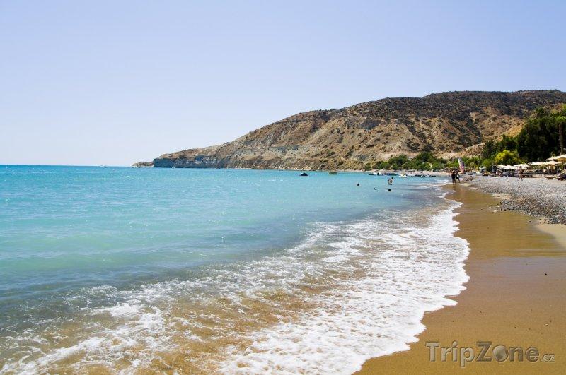 Fotka, Foto Vlny na pláži (Pafos, Kypr)