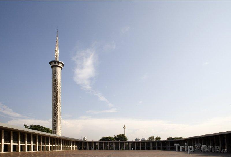 Fotka, Foto Vnitřek mešity Istiqlal (Jakarta, Indonésie)