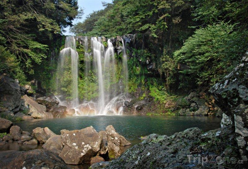 Fotka, Foto Vodopád Jejy (Jižní Korea)