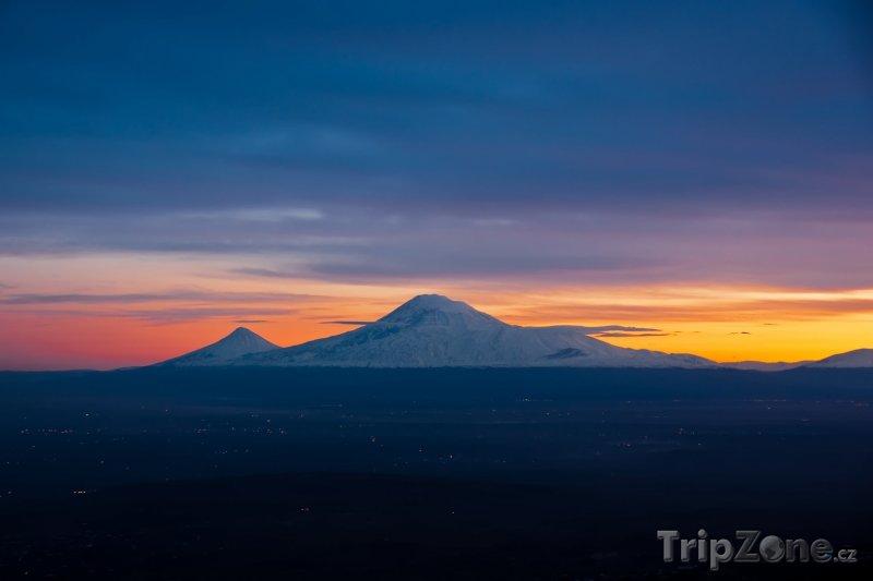 Fotka, Foto Hora Ararat v západu slunce (Arménie)