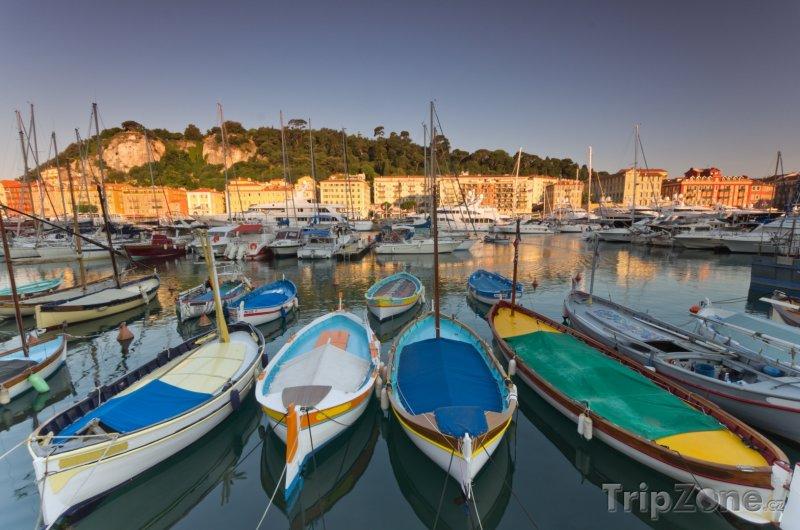 Fotka, Foto Jachty a lodě ve starém přístavu (Nice, Francie)