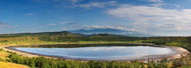 Fotka, Foto Jezero v národním parku Queen Elizabeth (Uganda)