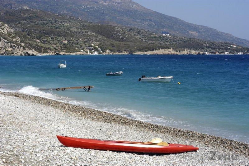 Fotka, Foto Kajak na pláži (Samos, Řecko)