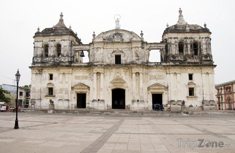 Fotka, Foto Katedrála ve městě León (Nikaragua)