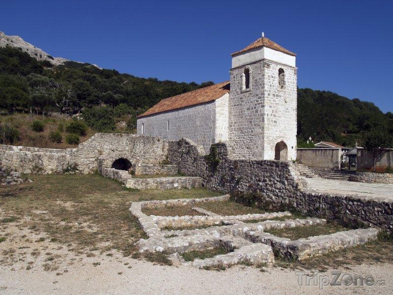 Fotka, Foto Kostel Sv. Lucie v Jurandvoru (Krk, Chorvatsko)