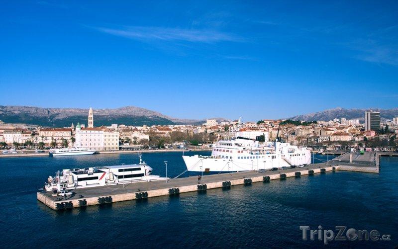 Fotka, Foto Lodě v přístavu (Split, Chorvatsko)