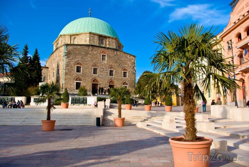 Fotka, Foto Mešita ve městě Pécs (Maďarsko)