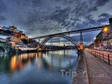 Most Dom Luis přes řeku Douro