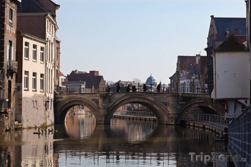 Fotka, Foto Most přes kanál v Mechelenu (Belgie)