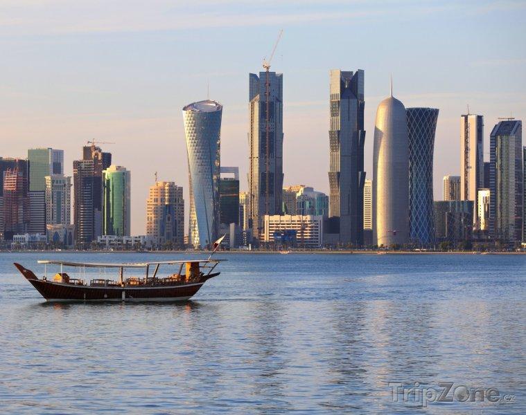 Fotka, Foto Mrakodrapy na pobřeží v Dauhá (Katar)