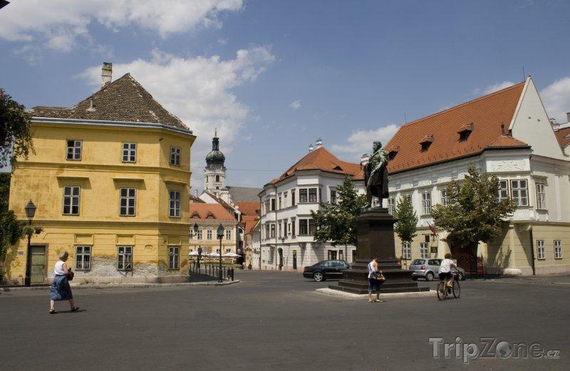 Fotka, Foto Náměstí v Györu (Maďarsko)