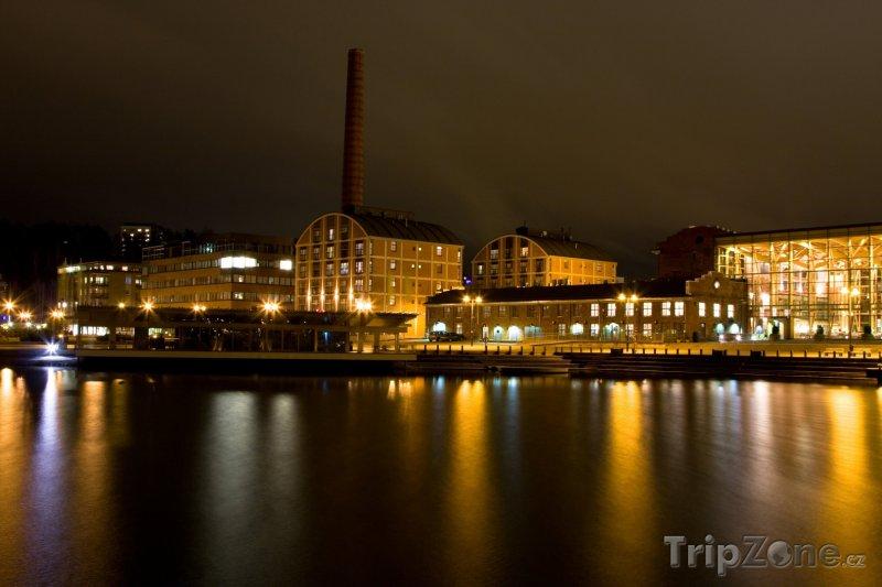 Fotka, Foto Noční Lahti (Finsko)