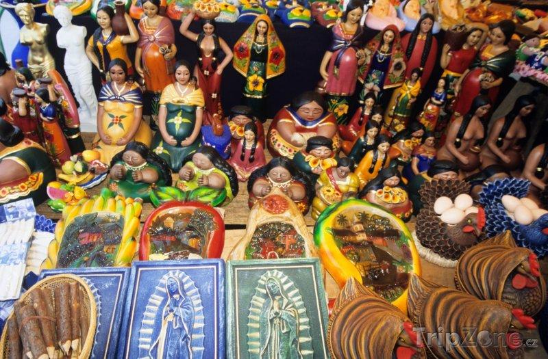 Fotka, Foto Obchod s ornamenty ve městě Juayúa (Salvador)