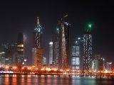 Osvětlené mrakodrapy v Dauhá
