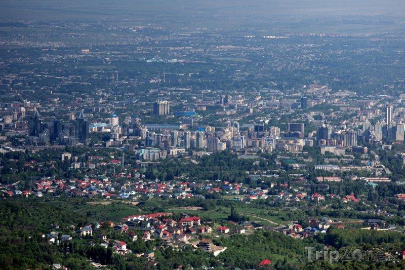 Fotka, Foto Panorama města Almaty (Kazachstán)