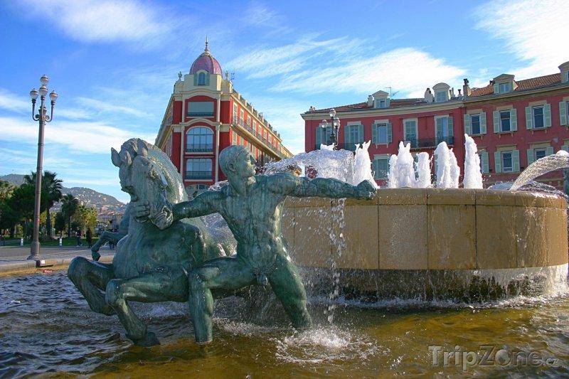 Fotka, Foto Place Masséna, fontána (Nice, Francie)
