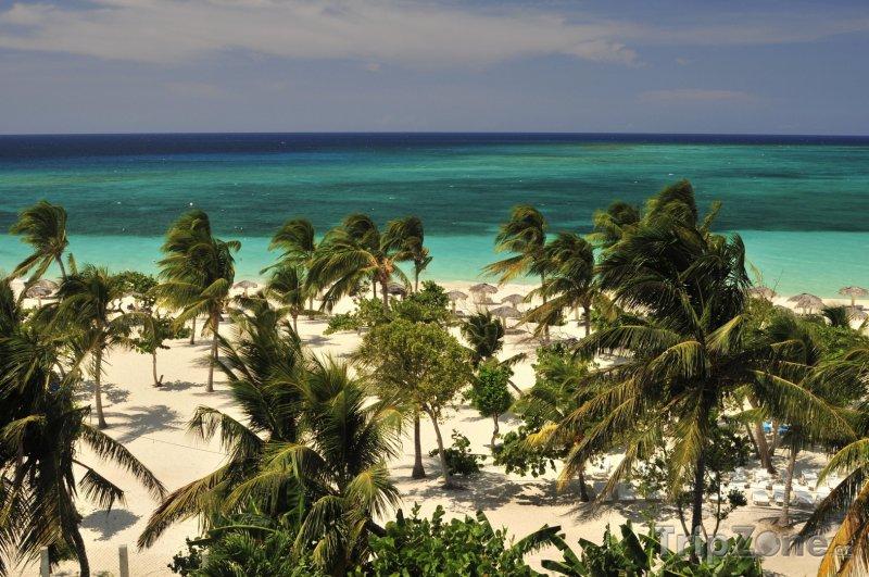 Fotka, Foto Pláž Esmeralda v Holguínu (Kuba)