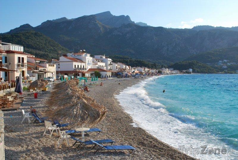 Fotka, Foto Pláž ve městě Kokkari (Samos, Řecko)