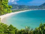 Pohled na pláž Kamala