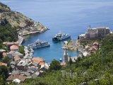 Pohled na přístav Jablanac
