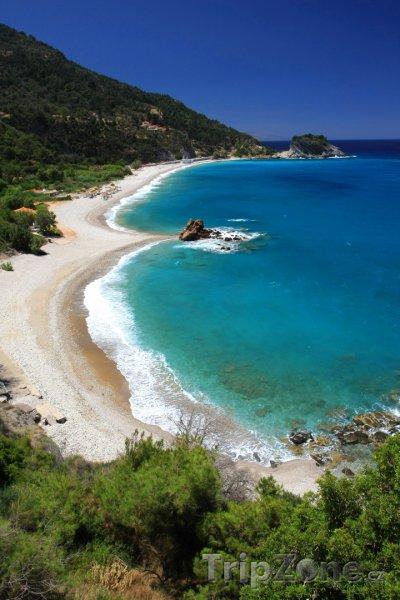 Fotka, Foto Pohled z kopce na pláž (Samos, Řecko)