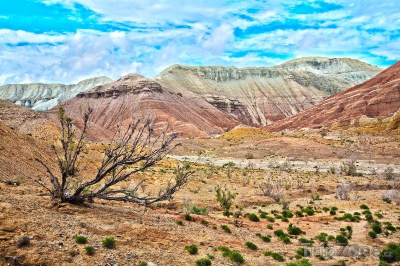 Fotka, Foto Pohoří Aktau v národním parku Altyn-Emel (Kazachstán)